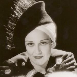 Karen as Norma Desmond - Paramount outfit